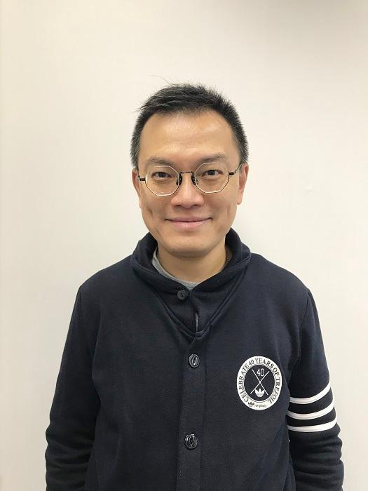 港專職業訓練學院導師王炳祺 (Kenny Sir)