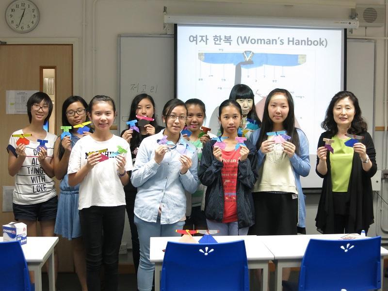 學員透過不同的文化活動,多角度了解韓國的風土人情以及傳統文化,更重要的是活學活用韓語。