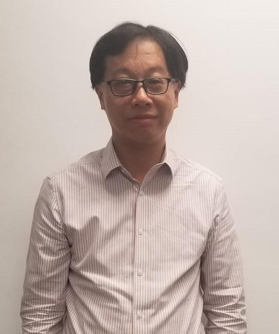 香港大學專業進修學院課程主任李志偉