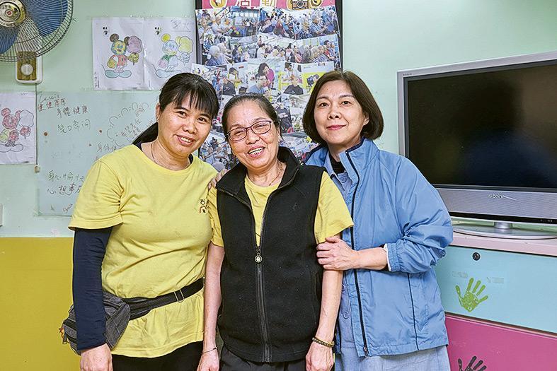 ▲(左起) 陳蘭妹、張小玲、藍光