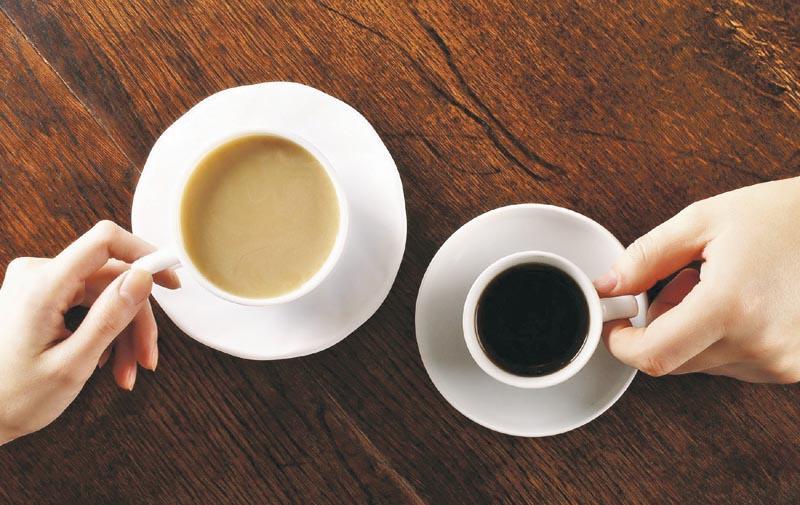 記得在選購咖啡或奶茶時,不妨提出走奶少奶或轉用低脂、脫脂或植物奶,加上適量飲用,咖啡或奶茶都可以成為健康均衡飲食的一部分。