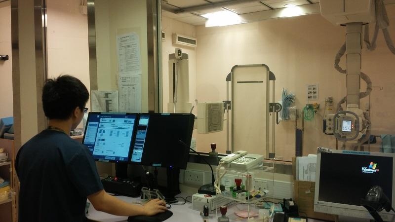 放射師提供醫療影像服務,為醫生診斷提供了重要的依據,着重判斷力及觀察力。(相片由受訪者提供)