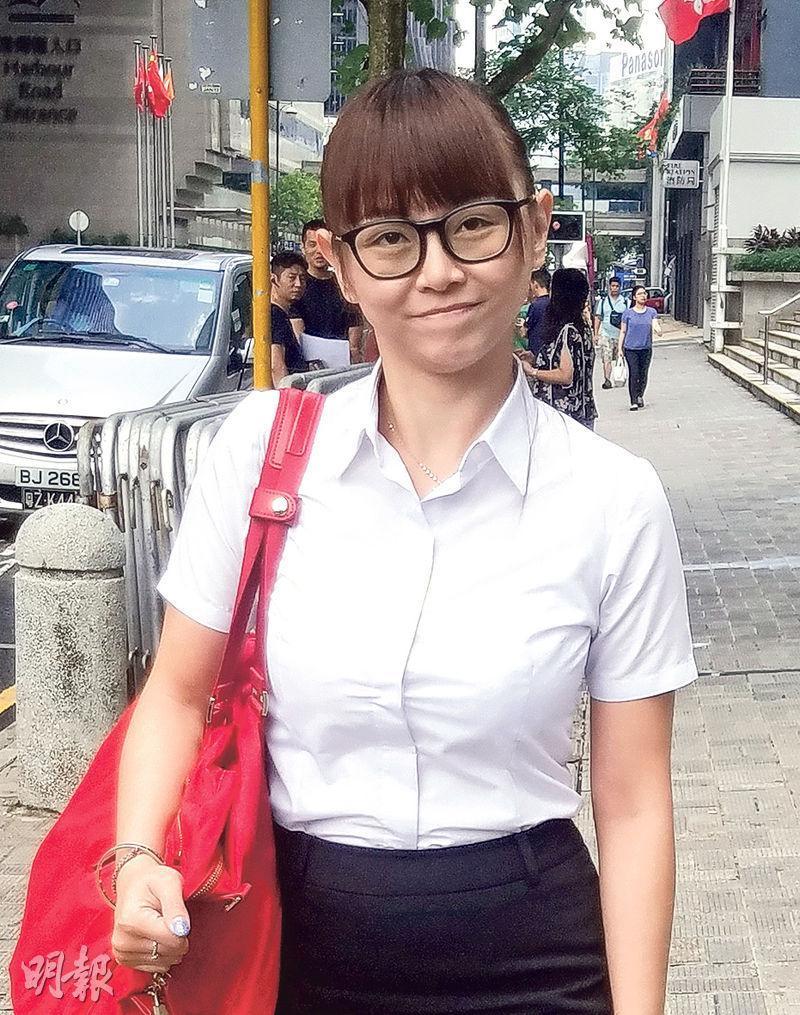 [img]https://fs.mingpao.com/ldy/20161202/s00028/698a7a21cb66bb65d9f325048d5d6764.jpg[/img]