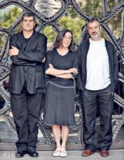 西班牙建築師比拉爾塔(左起)、皮格姆和阿蘭達,獲得有建築界諾貝爾之稱的普利茲克建築獎。(法新社)