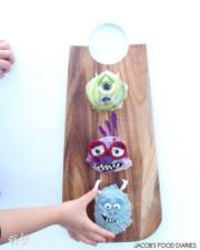 牛油果和黃瓜等食材砌成的《怪獸公司》卡通人物。(Laleh Mohmedi facebook圖片)