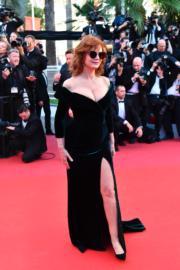 金像影后蘇珊莎朗頓戴上黑超現身。