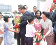6月29日,國家主席習近平與夫人彭麗媛抵港。(政府新聞網facebook圖片)