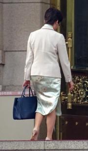 林鄭月娥訪京時穿上旗袍。(2017年資料圖片)
