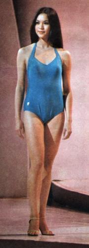1979年港姐冠軍鄭文雅,泳衣款式有微改動。(資料圖片)