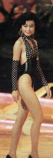 1989年的港姐舞台泳裝款式愈來愈性感,圖為陳慧儀。(資料圖片)