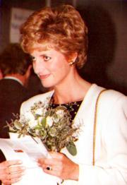 戴安娜(1993年法新社資料圖片)