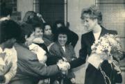 戴安娜(右)(1992年3月,法新社資料圖片)