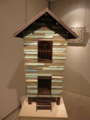 奈良美智《Our Thai House Mini》(2007年作)(黃廷希攝)