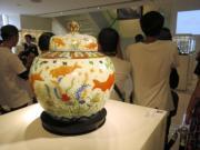 明嘉靖五彩魚藻紋蓋罐(黃廷希攝)
