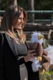 2017年11月10日,美國總統特朗普夫人梅拉尼婭參觀北京動物園。(法新社)