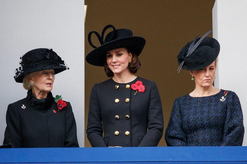 【懷孕髮型】焦點不在肚皮上!Kate Middleton 頭上一片天