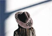 女帽工匠推新品牌