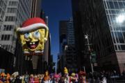 【美國感恩節巡遊】海綿寶寶造型的巨型氣球(法新社)
