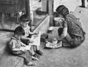 母子仨。(圖片及資料由香港社會發展回顧項目提供)