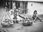 果販和女兒。(圖片及資料由香港社會發展回顧項目提供)
