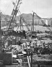 鶴園發電廠1950年代不斷擴建增產,以滿足不斷增加的電力需求。(圖片及資料由香港社會發展回顧項目提供)
