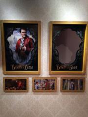 日本東京汐留Caretta 46樓舉行《美女與野獸》展覽,大家別忘了跟主角拍照。(Janice Hui攝)