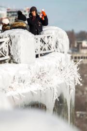 2018年1月3日,加拿大安大略省尼亞加拉大瀑布被冰封。(法新社)