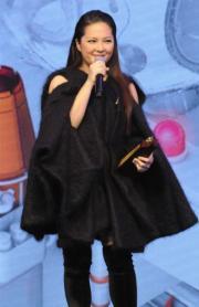 等了12年的衛蘭終於贏得「叱咤樂壇女歌手金獎」。(資料圖片)