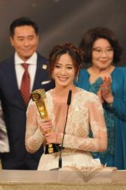 朱晨麗獲女配角獎。