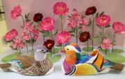 【鳥語花香──紙雕藝術展】「Asian Garden」立體紙雕組畫──鴛鴦(何芍盈攝)