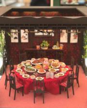 【喜•細看香港 新春微型藝術展@奧海城】滿漢全席(歐嘉俊攝)