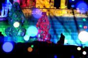 2018年1月31日,黑龍江省漠河縣「冰雪主題文化園區」內的冰雕和雪雕,色彩絢爛。(新華社)