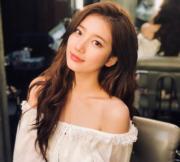 【2017亞洲最時尚女性臉孔】第4位:韓國女星裴秀智(裴秀智instagram圖片)