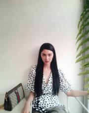 【2017亞洲最時尚女性臉孔】第18位:泰國女星Davika Hoorne(Davika Hoorne instagram圖片)