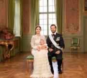 2016年9月,瑞典王子(右)與王妃Princess Sofia(左)與小王子Prince Alexander(kungahuset facebook圖片)