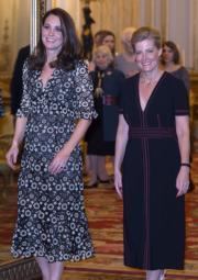 凱特(左)與威塞克斯伯爵夫人蘇菲(Countess of Wessex)(法新社)