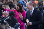 英國劍橋公爵威廉王子(右前)與夫人凱特(右後)(法新社)
