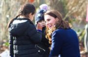 凱特(右)(Kensington Palace Twitter圖片)