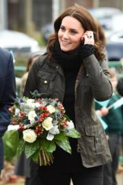 2017年11月29日,凱特探訪倫敦一家小學。(法新社)