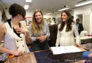 2015年3月,懷孕中的凱特(右)(The Royal Family facebook圖片)