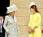 2013年5月,懷孕中的凱特(右)(The Royal Family facebook圖片)