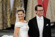 2010年6月,瑞典女王儲維多利亞公主嫁前健身教練韋斯特林。(www.kungahuset.se網站圖片)