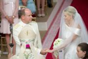 2011年7月,摩納哥元首阿爾貝二世親王與維特斯托克結婚。[Monaco Wedding (official) facebook圖片]