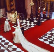 【英國王室新娘】1981年7月29日,英國已故王妃戴安娜與王儲查理斯,在倫敦聖保羅大教堂舉行婚禮。(法新社資料圖片)