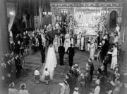 英女王於1947年在西敏寺完婚。(The Royal Family網站圖片)