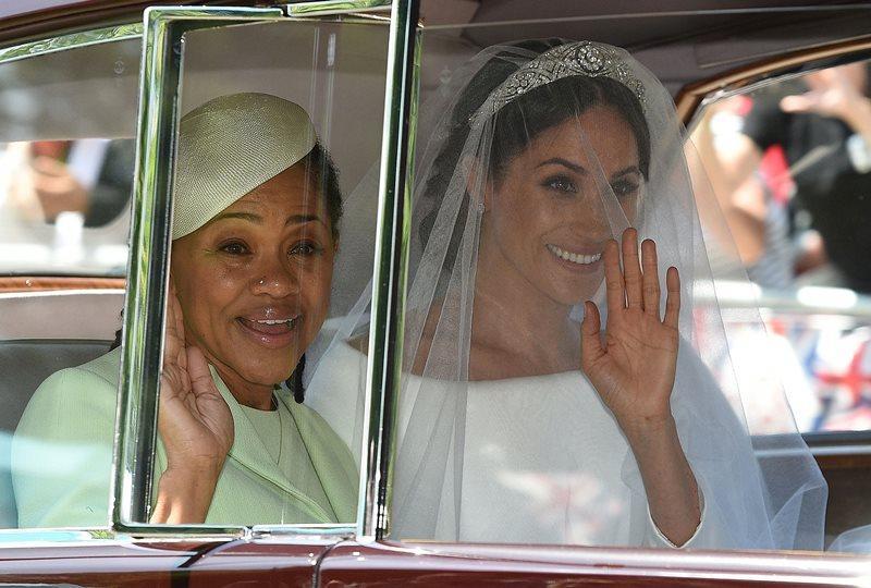 【哈里王子大婚】新娘媽媽穿什麼?Doria Ragland 薄荷綠套裝 得體又優雅