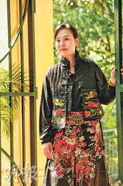 翁靜晶54歲生日  收恐嚇信陰司紙