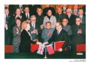 【香港百年蛻變】1984年12月19日,中英聯合聲明在北京人民大會堂西大廳正式簽署。中英聯合聲明的簽訂,意味英國將終結對香港的統治,香港的主權移交至中華人民共和國,並成立香港特別行政區。(圖片及資料由饒宗頤文化館提供)