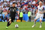 【世界盃‧阿根廷戰冰島】阿根廷前鋒美斯 (左) (法新社)