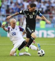 【世界盃‧阿根廷戰冰島】阿根廷前鋒美斯 (穿10號球衣) (新華社)